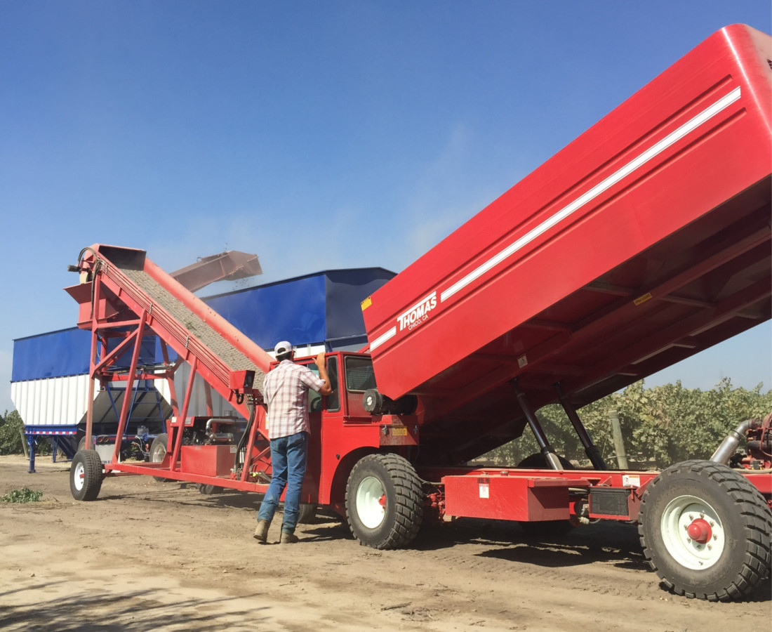 Almond Harvester Patrick USE